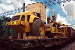 Железнодорожная платформа – преимущества в перевозке специальной техники