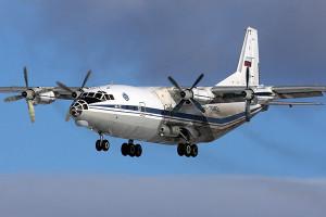 АН-12 – тип традиционного грузового самолета