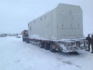 Грузовой автотранспорт при перевозке грузов в труднодоступные регионы страны